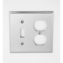 A'dor Traditional Outlet & Switch Switchplate