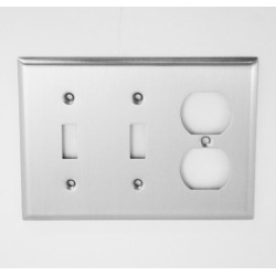 A'dor Traditional Outlet & 2 Switch Switchplate