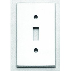 Omnia 8012-GFS Traditional Switchplate - Single w / GFCI